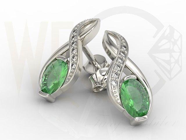 Kolczyki z białego złota na sztyfcie ze szmaragdami i brylantami / Errings made from white gold with diamonds and emerald /2856 PLN / #earrings #whitegold #emeralds #diamonds #beauty