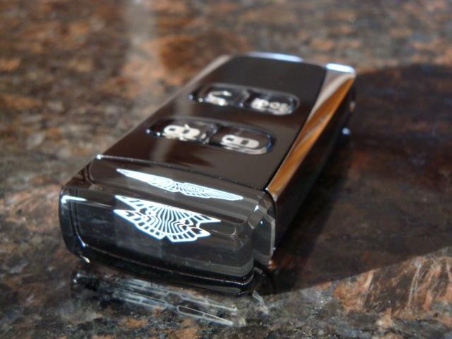 Aston Martin Volvo Key Auto Bild Idee