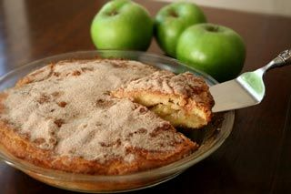 Delicious apple coffee cake recipe.  Perfect apple cake for the Jewish High Holidays.