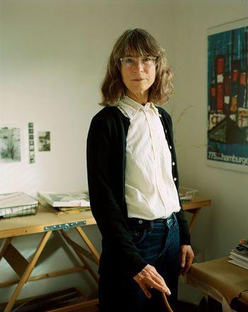 デザイナーのマーガレット・ハウエルさん。 ベーシックで品のある着こなし。ひとつひとつ上質なものを。サイジングも大切です。