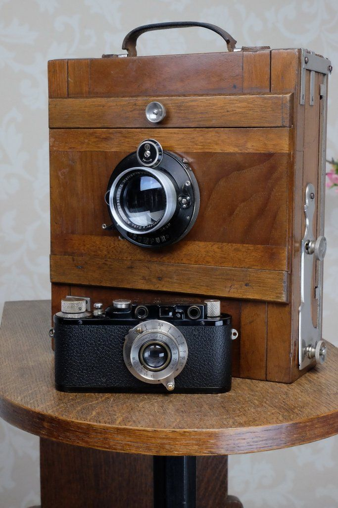 Circa 1900 Large wooden 5x7 field camera complete with film holders, F – Petrakla Classic Cameras