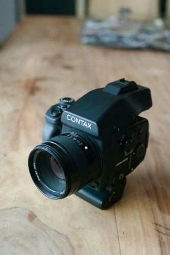 Shooting Film: Contax 645 Medium Format Film Camera Review vs Canon 5D Mark II Digital