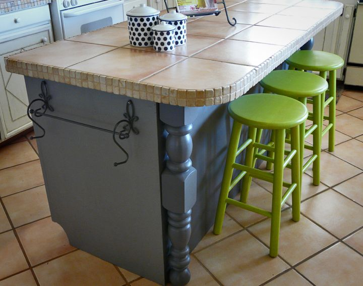 Ordinaire Do It Yourself Kitchen Island | Kitchen Island Painted Dark Grey With Tile  Top And Lime Green Stools | Home   Kitchen | Pinterest | Island Kitchen, ...