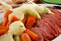 St. Patrick's Day Food: 20 Slow Cooker St. Patrick's Day Recipes - This collection includes recipes for corned beef in the slow cooker, side dishes for your Saint Patrick's Day meal and St. Patrick's Day recipes using beer