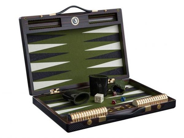 Renowned+for+making+board+games,+German+company+Lieb+Manufaktur's+has+introduced+bespoke+backgammon+boards+that+will+make+you+forget+all+your+high-end+gadgets+and+return+to+the+old-school+games.