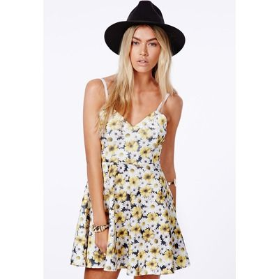 Missguided Yellow Skater Dress In Daisy Print