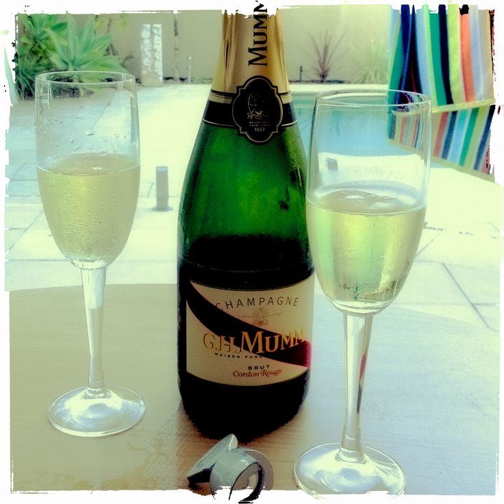 Champers by the pool....