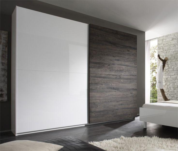 Шкаф-купе дизайнерский с широкими дверьми