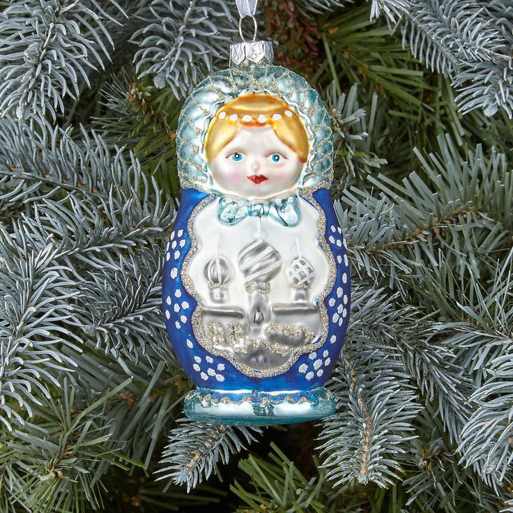 These Babushka doll baubles are a traditonal Russian sight with a sophistiacted Christmas twist. Finished with icy shades of blue and silver and the famous Kremlin, they'll give your glistening tree a little extra this year.