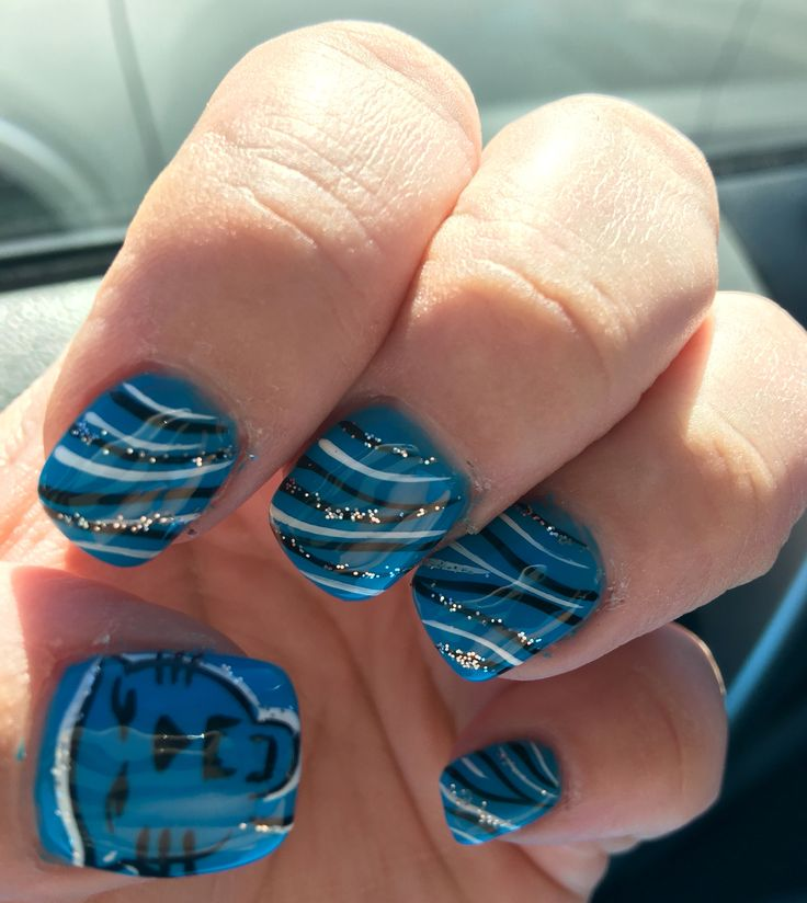 Carolina Panthers football nails! Keep pounding all the way tothe Super Bowls