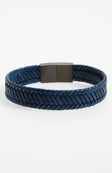 Free shipping and returns on LINK UP Braided Vegetable Dyed Leather Bracelet at Nordstrom.com. Tightly-plaited leather straps form a cool bracelet with a brushed-metal puzzle clasp.