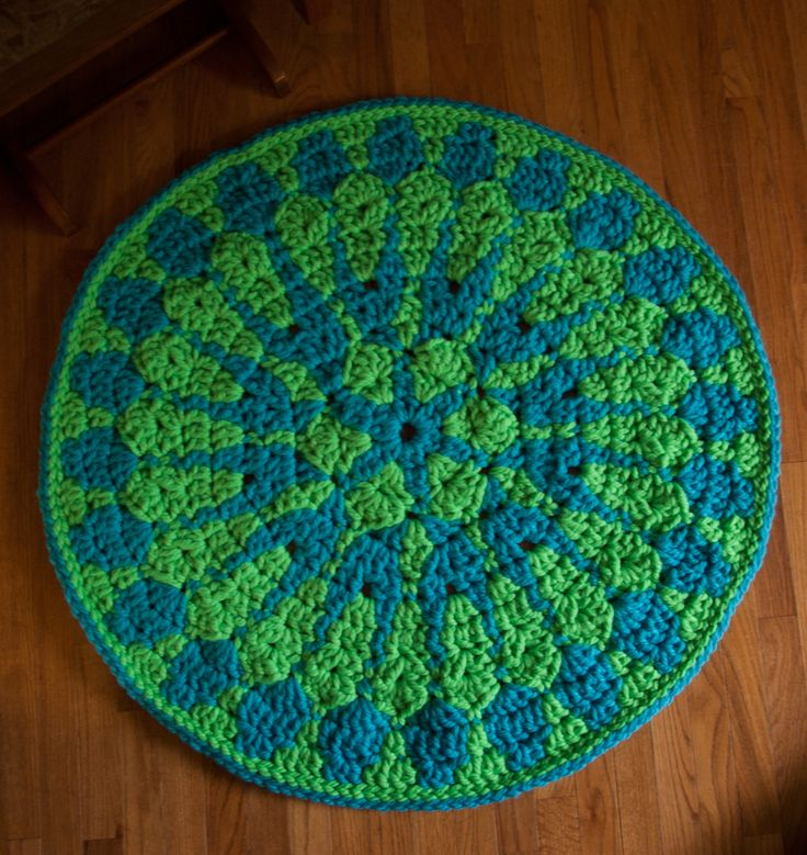 Shocking Mandala Rug - free crochet pattern using Super Bulky Red Heart Vivid! ~ free pattern ~ x-posted