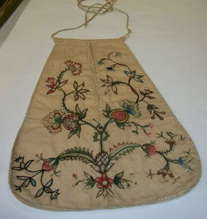 SilkBrocade's Passion for Fashion: New England Lady's Pocket, c.1760
