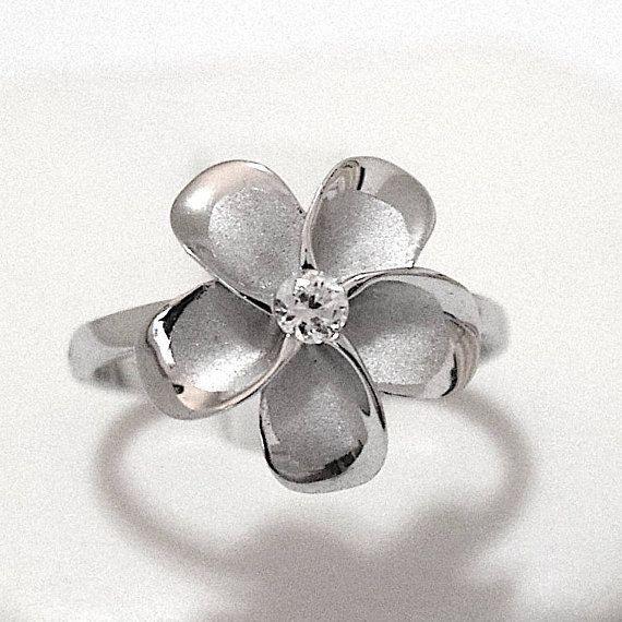 Plumeria Ring Hawaii Plumeria Flower Ring Hawaii Flower Hawaii Ring Hawaii Jewelry Beach Jewelr Hawaiian Wedding Rings Custom Wedding Rings Daughter Ring