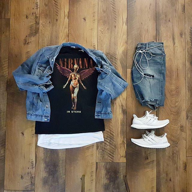 WEBSTA @ comfordsblog - Grid as you are 🎶 @outfitgrid @hm jacket@nirvana t-shirt@hm white layers @officialluckybrand customized denim@adidas_de Ultra Boost's #wdywt #wdywtgrid #outfitgrid #gridfiti #wirtgrid #menswear #modamasculina #dailystreetlooks #introfashion #thatguyfromdowntown #trillestoutfit #backtominimal #outfitsociety #outfitplace #bestofstreetwear #streetwearde #mensfashion #style #fashionblogger #maleblogger #styleiswhat #ldnfashiontrends #briacompany #nextfvshion…