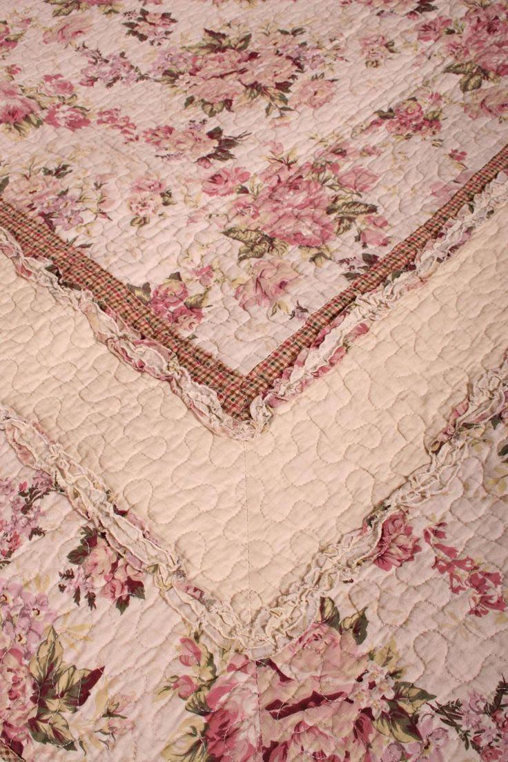 rag quilts | … Rag Quilt Throw reverse Cottage Vintage Garden Rose Floral Rag Quilt