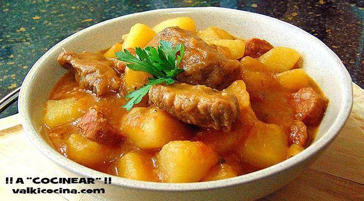 Patatas guisadas con costilla y chorizo cocinadas en olla rápida