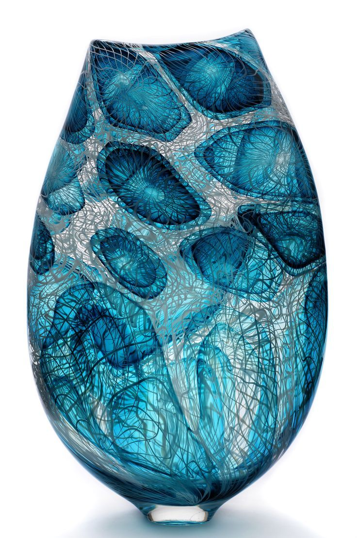 Bob Crooks - Complexity vase Inspiration for coloring! Use Aurora Art Supplies pencils! http://aurora-artsupplies.com