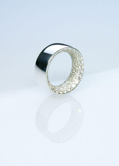 'Paradox' by Makoto Tojiki for private jewelry brand Reff