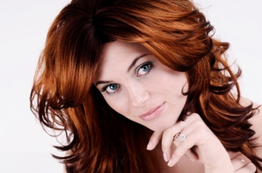 I wonder if I could pull off this color, or something like this mixed with some brown tones