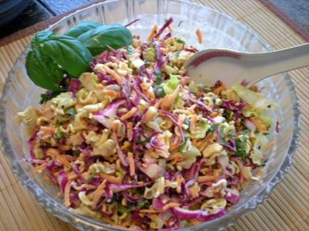 Barefoot Contessa's Blue Cheese Cole Slaw. Photo by gemini08