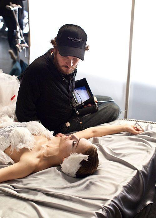 Darren Aronofsky and Natalie Portman on the set of Black Swan.