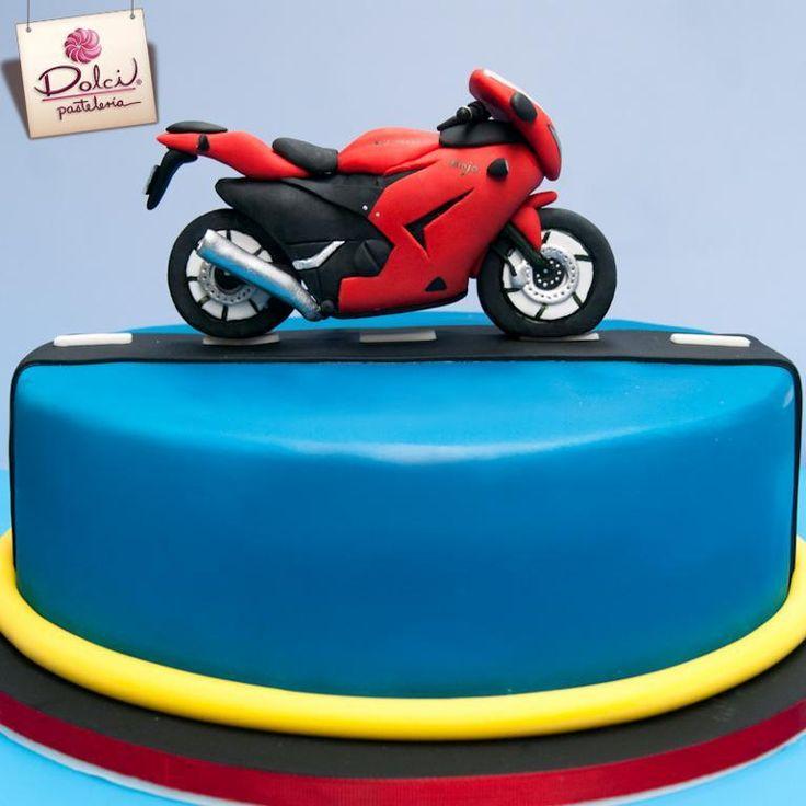 - Kawasaki Cake #Kawasaki #Cake #fondant #fondantcake #cakeboss #motorcycle #cakeart #sugarart #cakeporn #sugarcraft