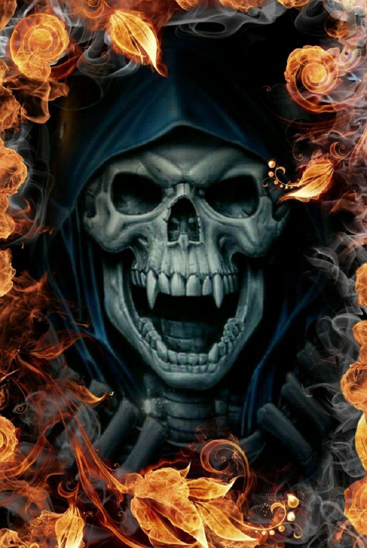 Vampire Skull with Fire | My Pics | Skull, Skull stencil ...