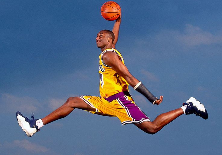 Kobe Bryant (adidas EQT Top Ten 2000).