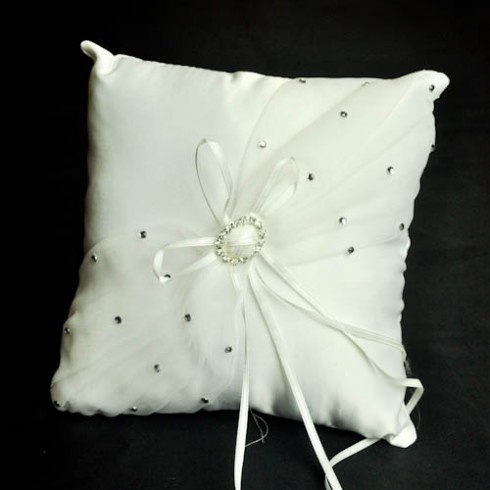 Ivory diamonte broach decorated wedding ring pillow