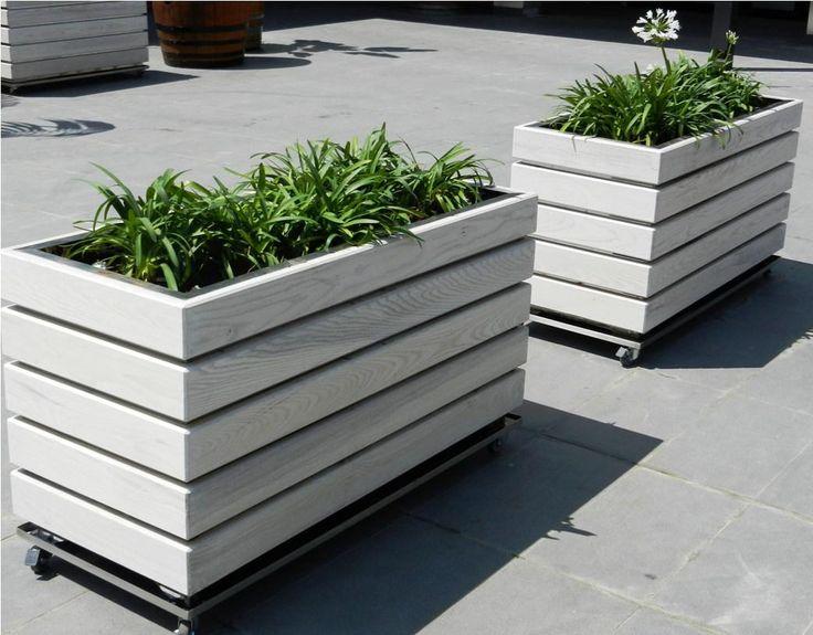 Modern wooden planters inspiration i i pinterest for Tapered planter box plans