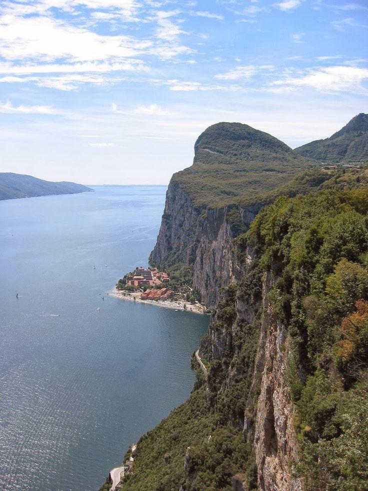 Visita los #lagos del norte de #Italia esta #semanasanta2014 ¡Es el momento!