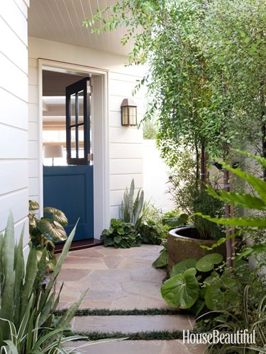 A California Beach Cottage Makeover