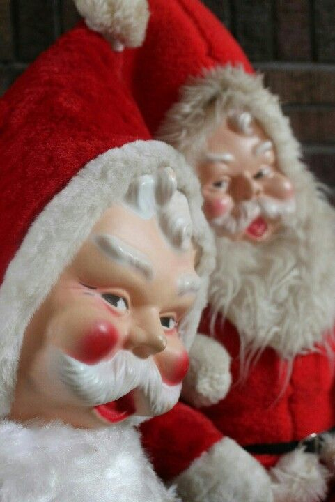 My grandparents had a Santa like these and I loved it wish I knew what happened to  it.