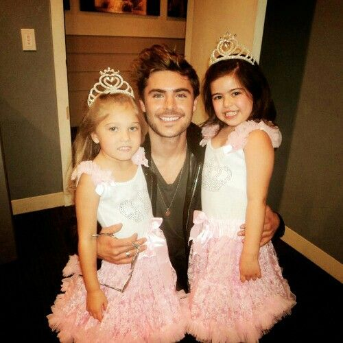 # SofiaGrace and Rosie#ZachEfron