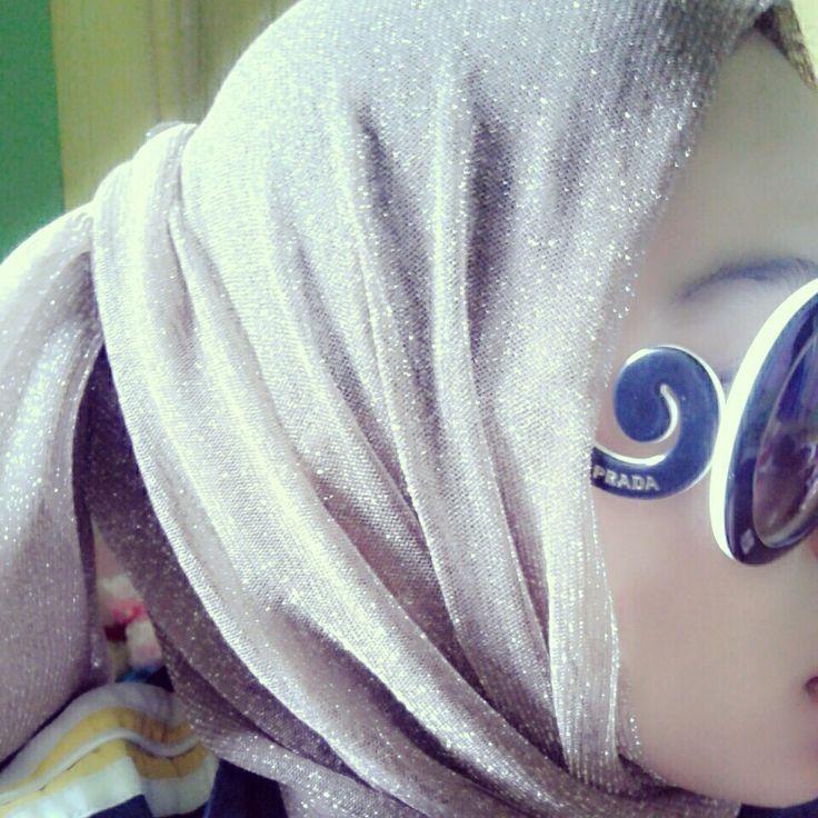 hijab & glasses