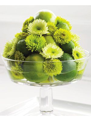 Mums and limes: Centerpieces Ideas, Decor Crafts, Decor Ideas, Flowers And Fruit Arrangements, Fruit And Flowers Centerpieces, Flowers Arrangements, Floral Arrangements, Limes Topiaries, Green Flowers