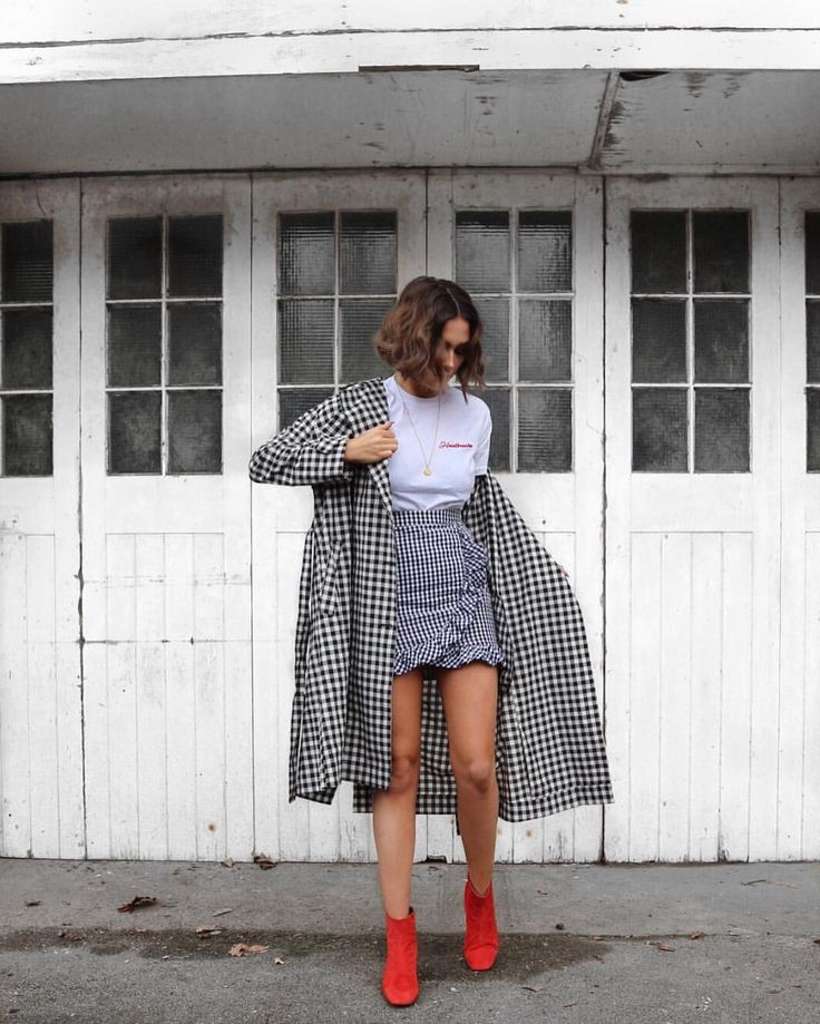 "Alicia Roddy (@lissyroddyy) på Instagram: ""All the gingham Skirt and tee by @lasulaboutique use code AR24. You can find the links to every…"""