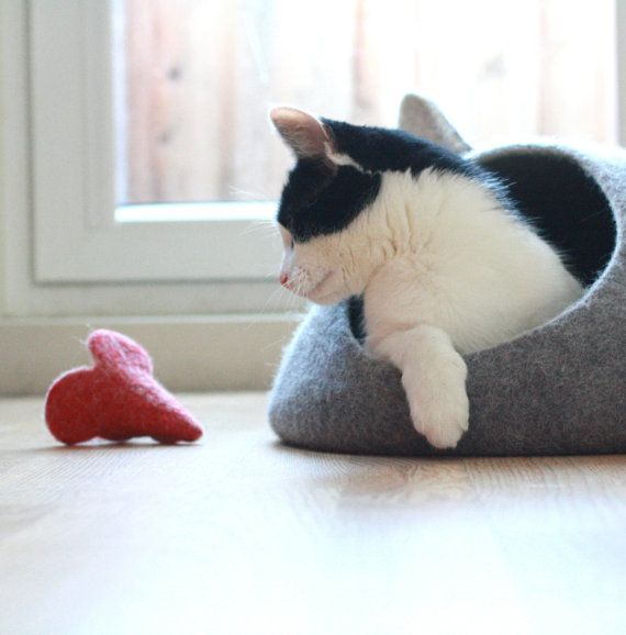 Cat toy  felted mouse for cat by AgnesFelt on Etsy, $9.00