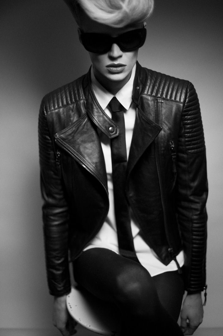 17 best images about karl lagerfeld inspired photo shoot for Karl lagerfeld fotografo