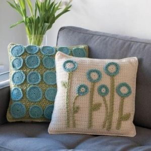 Very cool idea for crochet pillows.