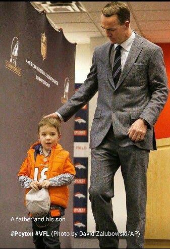 Peyton Manning and son 2016