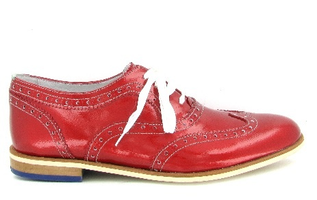 #FlorisvanBommel such a great colour, such a really good look - just the shoelace are boring I would prefer black ;-)