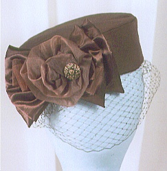pill box hat by Maggie Mae #millinery #judithm #hats