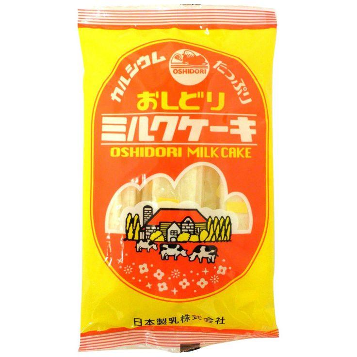 1919年に山形県東置賜郡高畠町にある日本製乳(現在では森永乳業の子会社)が国産初の「粉ミルク」(おしどり粉ミルク)を生産。粉ミルク生産の際に出る副産物に加糖したところおいしかったので、商品化したのがミルクケーキ(おしどりミルクケーキ)。 発売当初は味はプレーンしかなかったが、現在はイチゴ味、ヨーグルト味や、山形名産のサクランボ味、ラフランス味など現在では11種類ある。日持ちするため、山形以外の観光地でも、別のメーカーが生産したミルクケーキが販売されています。また、無印良品の菓子としても同店舗やファミリーマートで販売されています。 ちなみにおしどりは山形県の県鳥です。