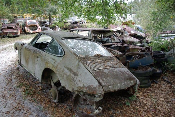 Gk Restoration S Porsche Graveyard Porsche And Graveyards