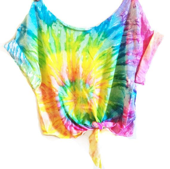 Hey, I found this really awesome Etsy listing at https://www.etsy.com/listing/223275939/tie-dye-crop-top-coachella-crop-top