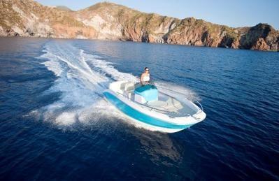 Alquiler de embarcaciones y motos acuáticas en Roses, Costa Brava – Aventura Náutica