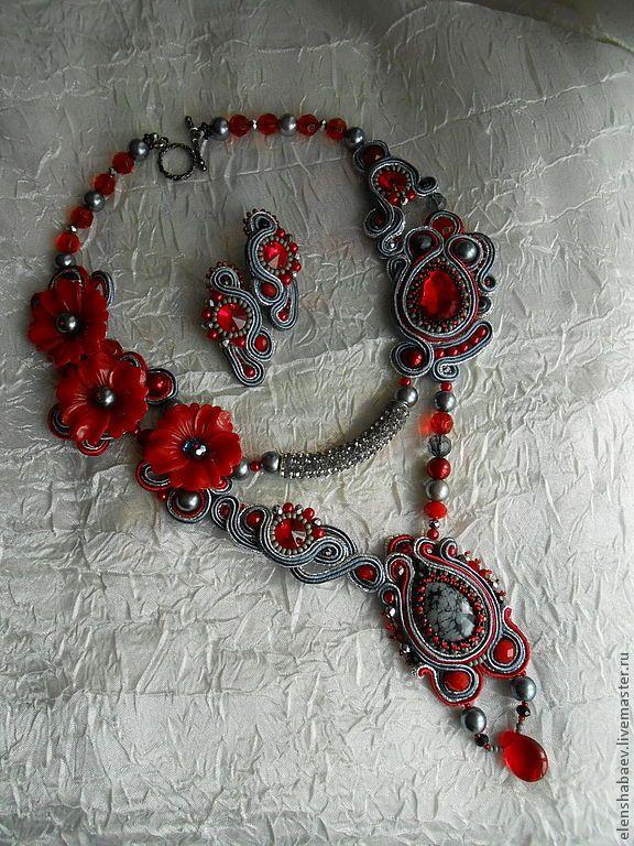 4ea16404767--ukrasheniya-komplekt-kole-sergi-maki-v-serebre-n1815.jpg 576×768 pikseliä
