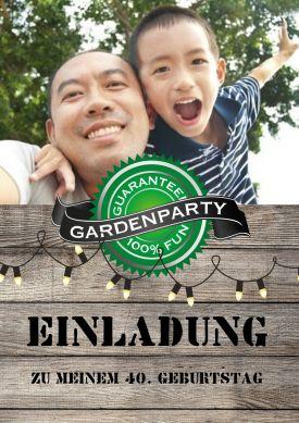 Geburtstagseinladung in ländlichem Look mit Foto, Label & Holz für ein Gartenfest, Sommerfest,...